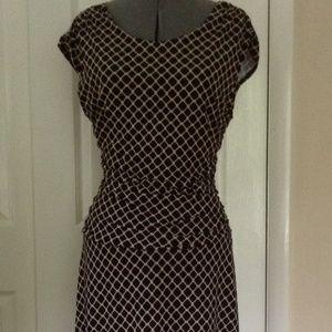 Enfocus Studio Geo Print Knit Shirred Dress